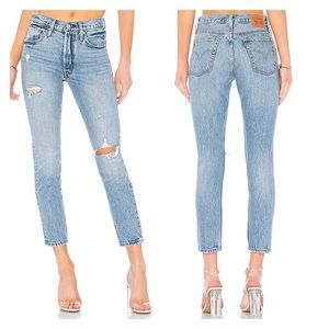 Levis 501 Skinny in Can't Touch This Button Fly